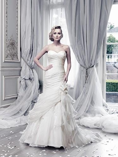 Wedding Umbrellas in the UK - The Bridal File